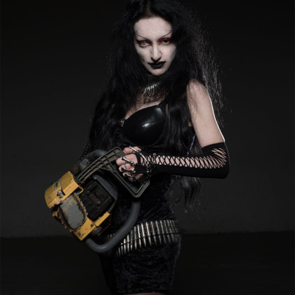 Evil Lucifera-Scream, growls and lyrics